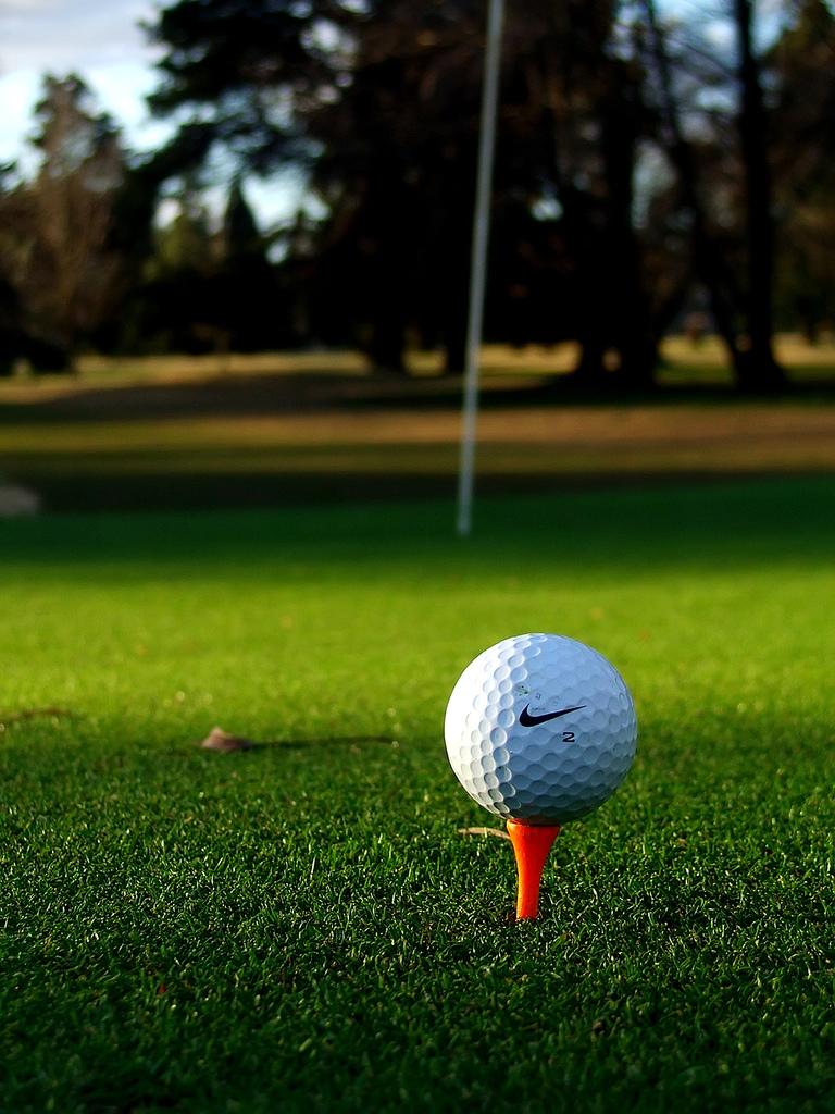 Golfing is super