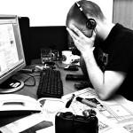 Crisis, minder verzuim meer stress