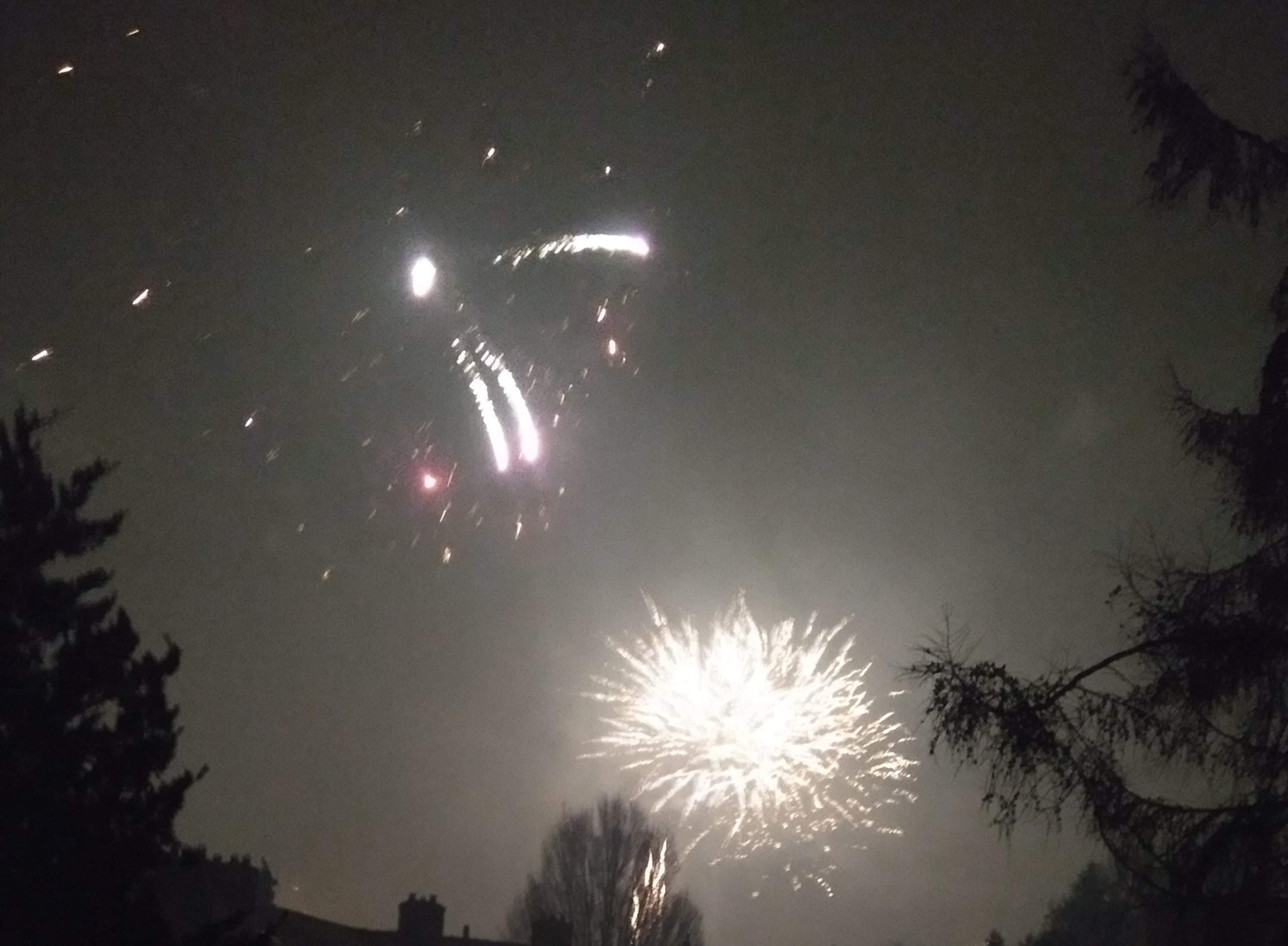 knallen en heel veel vuurwerk